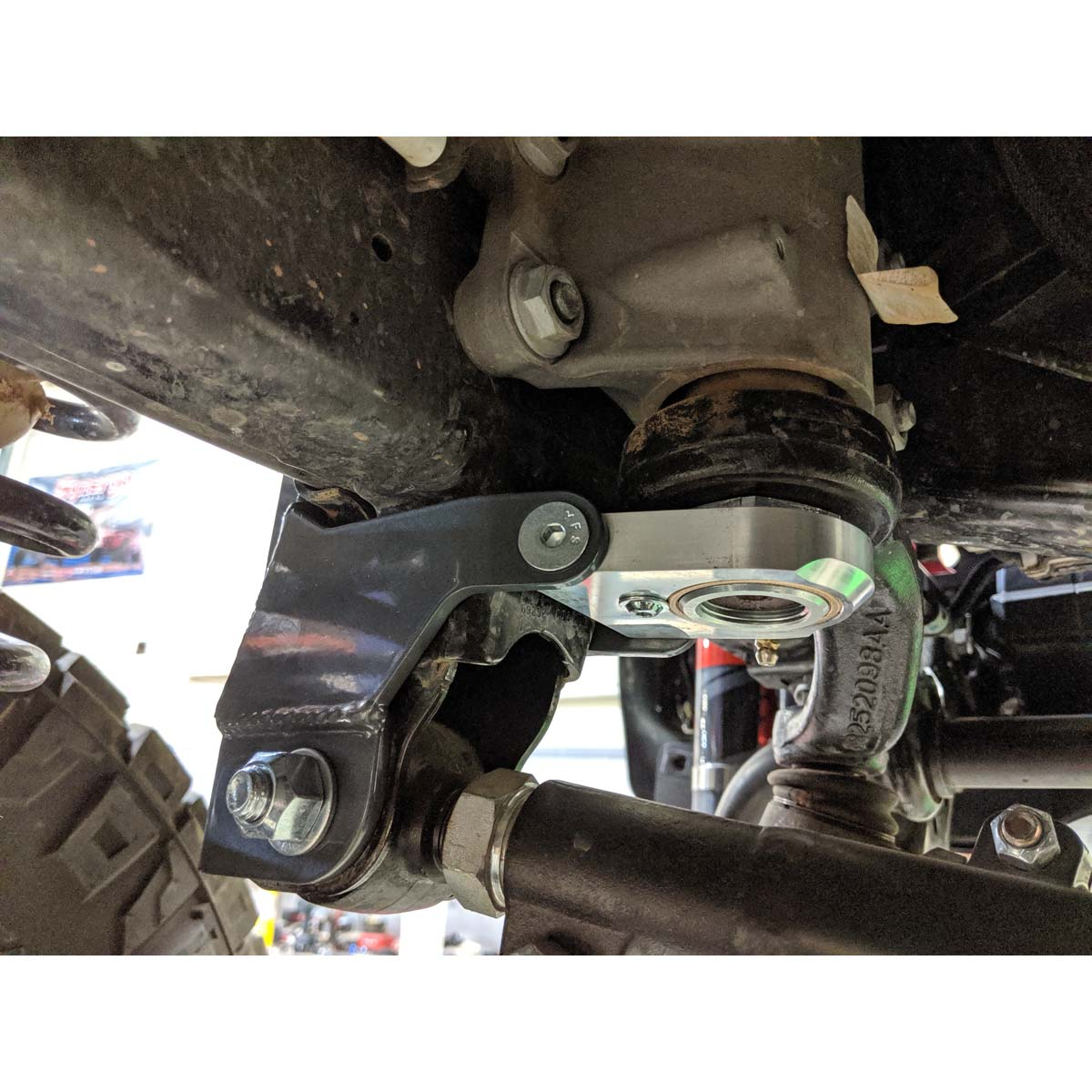 Synergy Jeep JL / JLU / JT Front Track Bar and Sector Shaft Brace